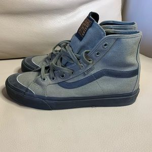 Vans high top size 9 Army green.
